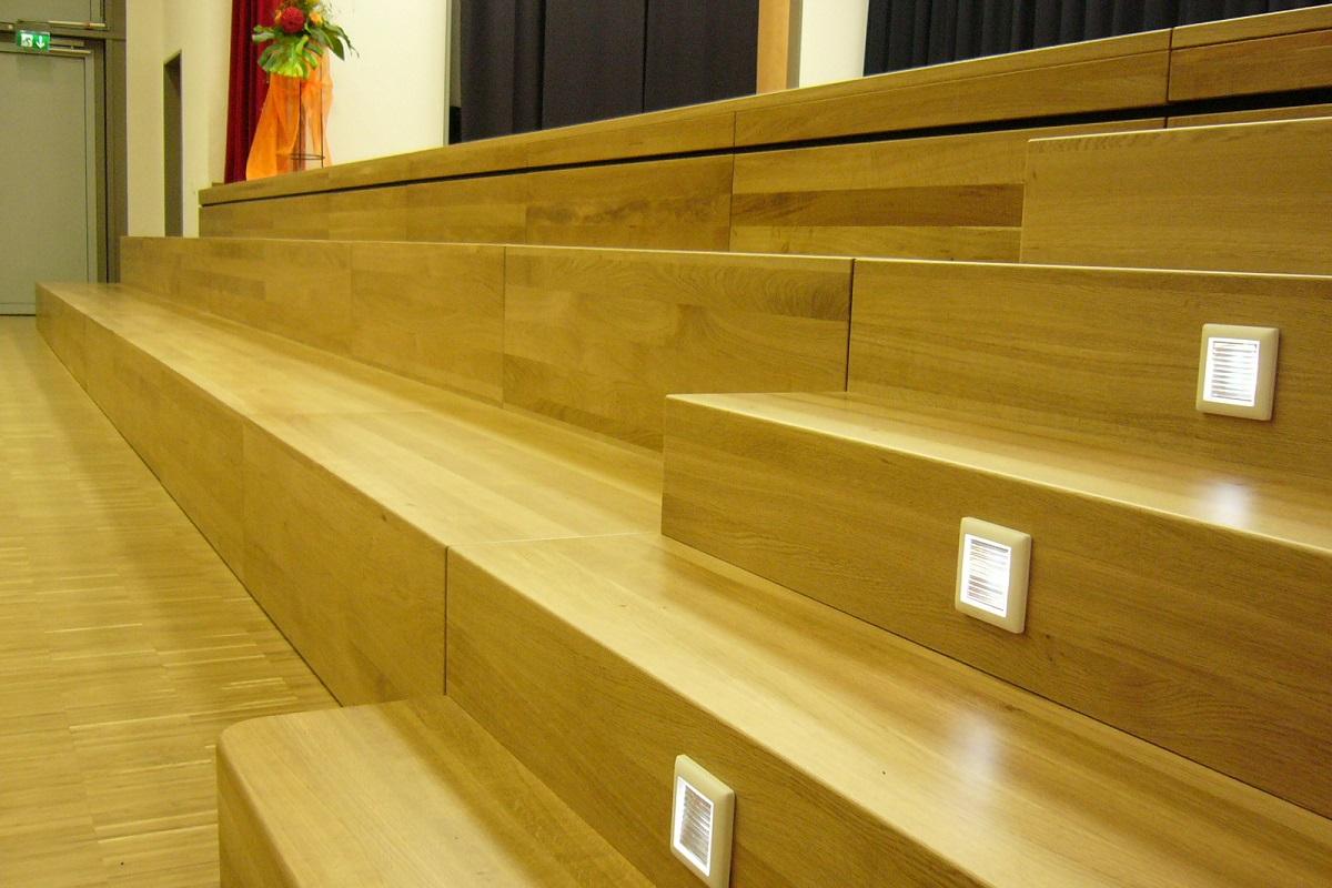 Treppenstufen aus Holz